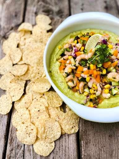 Trempette avocado-ranch et salsa maïs-crevettes